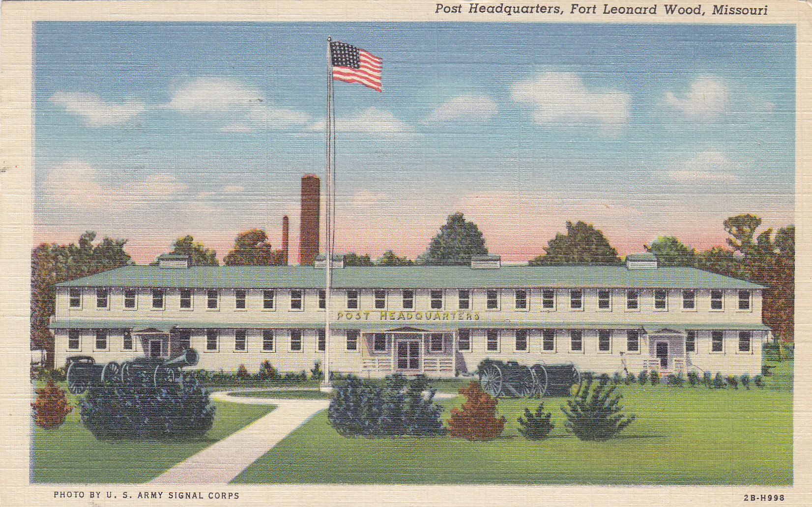 fort leonard wood single guys Uss leonard wood (apa-12 16 x single 20mm she departed hampton roads 24 october carrying almost 1,900 fighting men from the 3rd infantry division and.